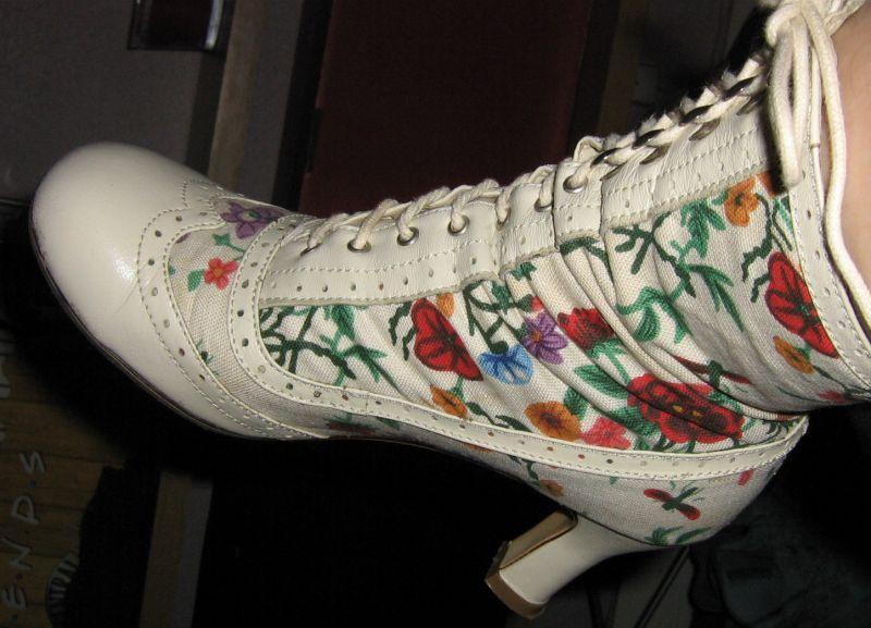 Turbo De grands mots pour une petite vie » Trouver chaussure à son pied… DH49